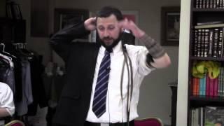 How to put on Tefillin - The Sephardic Way