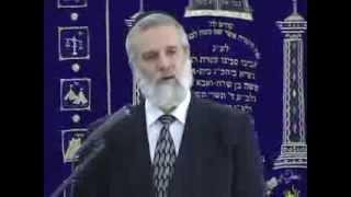 Walking Discreetly with G-d
